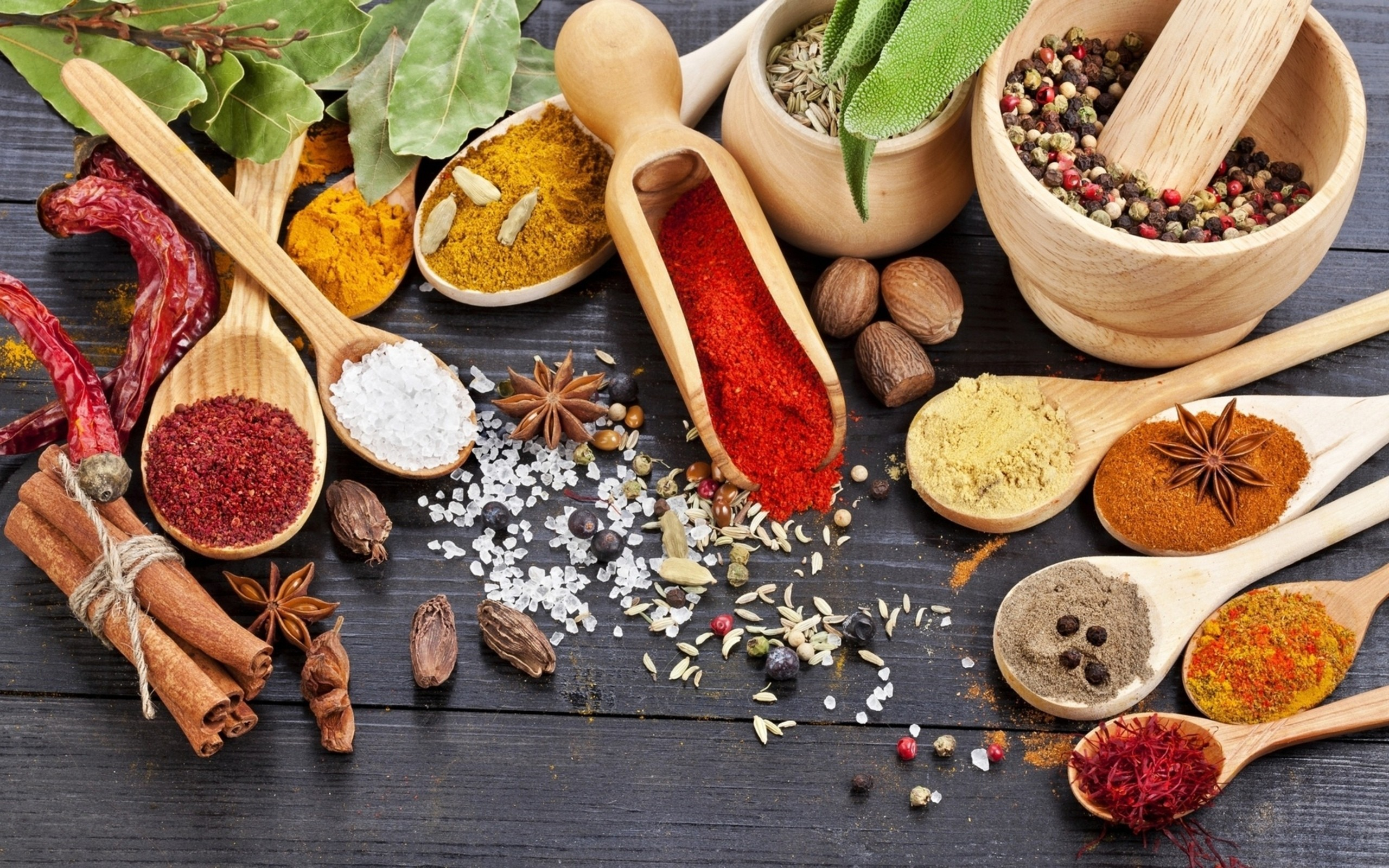 Food_Different_spices_037080_